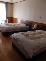 洋室105号、ベッドの高さ48cm