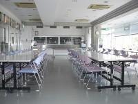 レストラン72席