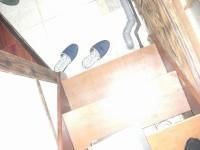 民宿からレストランへの階段