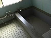 浴室入口幅73cm、段差8cm