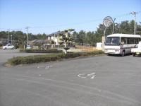 共有駐車場内専用駐車場1台、一般駐車場