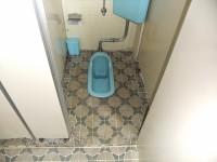 個室入口幅52cm、段差3cm