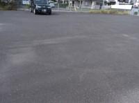 一般駐車場200台(道路向かい側)