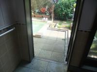 露店風呂入口幅65cm 段差9cm