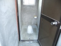 個室入口58cm、段差10cm