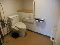 トイレ入口幅83cm