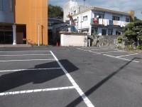 一般駐車場70台