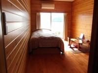 205号室、ベッドの高さ56cm
