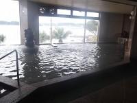 地下1階浴場、入口の中に段差5cmあり