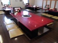 テーブル席46席、堀コタツ式座卓の高さ28cm
