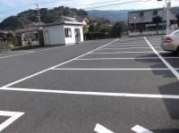 一般駐車場50台、大型車可