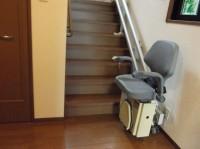 電動階段昇降機