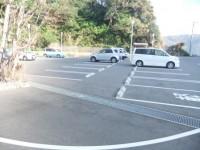 一般駐車場60台