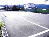 一般駐車場20台