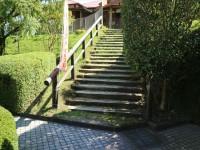 鹿屋市役所駐車場からの階段