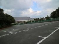 一般駐車場126台(第1駐車場)