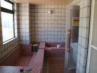 男性用浴室
