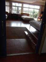 102号室、入口幅95cm