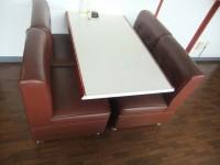 テーブルの高さ59cm