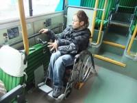 車椅子利用時は、座席数14席