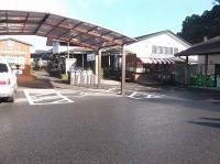専用駐車場2台(道の駅と共有)