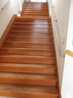 客室への階段、段差18cm、20段