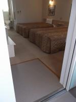 入口幅86cm、段差3cm、ベッドの高さ52cm
