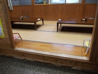 小上がり高さ26cm、テーブルの高さ26cm