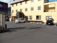 一般駐車場・大型専用駐車場あり