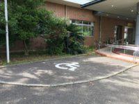 入口横 専用駐車場