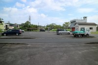 一般駐車場50台、大型バス2台