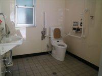 ふれあい公園側トイレ