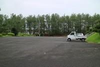駐車場80台