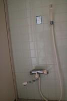 管理棟BFトイレ内にシャワー設置