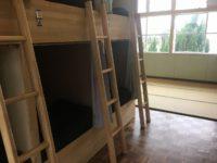 二段ベッド部屋、入口幅77cm